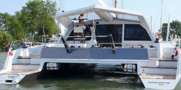 Catamarano Diamante 555