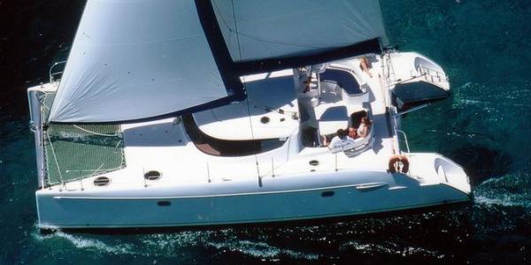 Catamarano Lavezzi 40